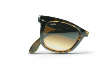 Ray-Ban RB4105 710/51 Folding Wayfarer